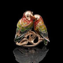 """Брошь """"Неразлучники"""" из золота с эмалью арт. 04-0157-00-404-1110-48, Платина Кострома"""