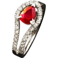 Кольцо из золота 750 пробы с рубином и бриллиантами (Франция)